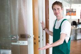 Berufsunfähigkeitsversicherungen für Messebauer
