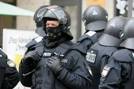 Polizist-262x175