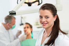 Zahnversicherung schützt vor teurer Zahnarztbehandlung